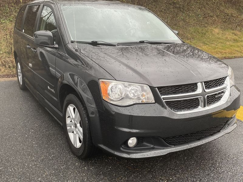 Used 2011 Dodge Grand Caravan.  ConversionBraunAbility Dodge Entervan II