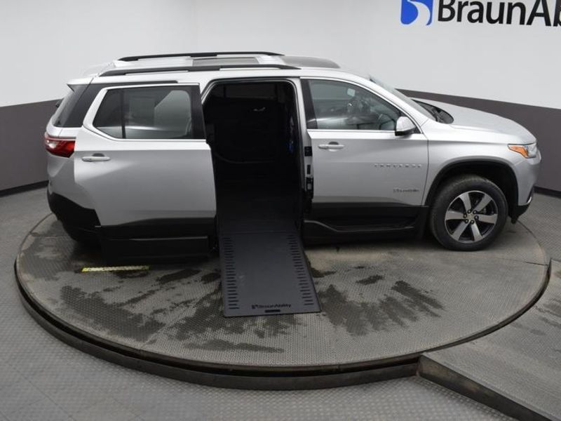 New 2021 Chevrolet Traverse.  ConversionBraunAbility BraunAbility Chevy Traverse - Wheelchair SUV